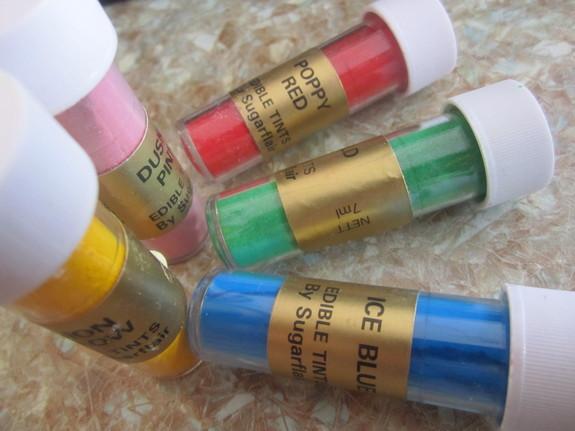 Мастика и красители пищевые купить герметик полиуретановый кровельный купить в спб