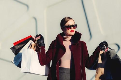 722c2cd85642 Женская сумка - это неотъемлемый атрибут гардероба женщины. Данный  аксессуар хорошо дополняет образ, а так же очень функционален.