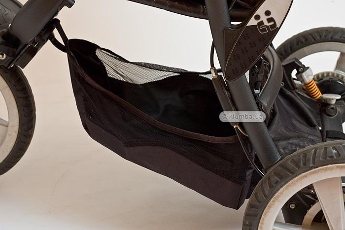 Трехколесная коляска Chicco Trio S3 Black